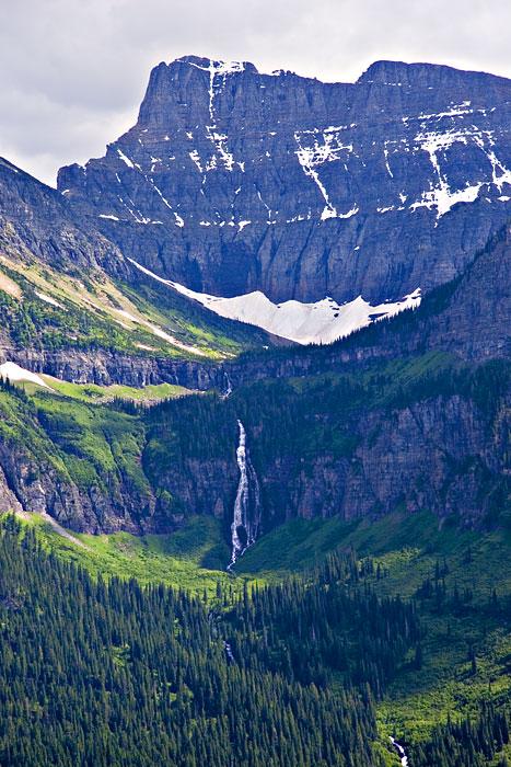 Yellowstone falls winter